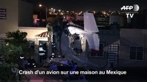 Mexique: quatre morts après le crash d'un avion sur une maison