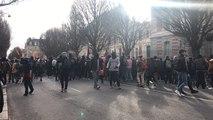 200 lycéens et étudiants appellent les élèves du lycée Zola à les suivre