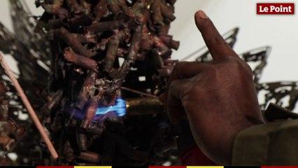 Freddy Tsimba prépare une sculpture monumentale pour le théâtre de Chaillot