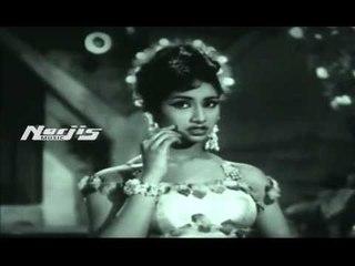 """Mera Saiyyan Pyaar Na Jaane"" | Lata Mangeshkar | Trip To Moon Film"