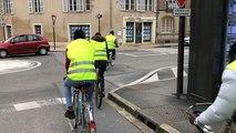Des réfugiés sensibilisés à la sécurité routière à vélo