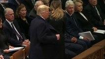 La tête de Bill Clinton devant Donald Trump aux obsèques de George Bush Senior !