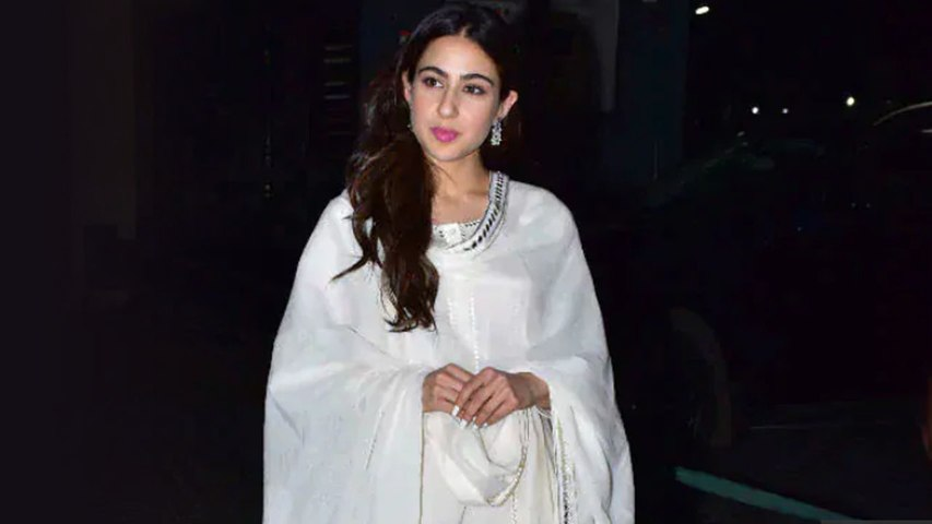 Sara Ali Khan loves to go shopping at this place   Boldsky