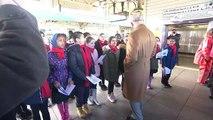 Prince Charles takes Royal Train to Cardiff to greet kids