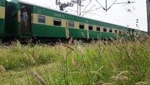 Arrival and Departure || Train Videos || Fastest Trains || Pakistan Railways