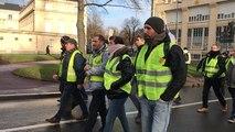 Gilets jaunes : Manifestation autour de la préfecture