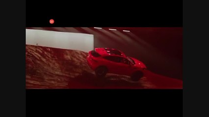 Jaguar E-PACE rolls into the record books after performing longest barrel roll jump