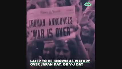 "Test -- You'll never be able to look at the iconic ""V-J Day in Times Square"" photo the same way again."