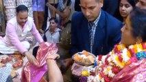 Nirmala Sitharaman offers prayer at Bankey Bihari Temple in Vrindavan   OneIndia News
