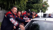 Kapısı Kilitlenen Otomobilde Mahsur Kalan Bebek Kurtarıldı