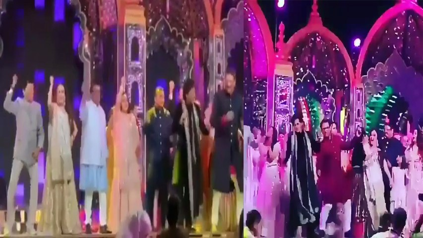Isha Ambani के Sangeet में Shahrukh Khan, Amir Khan संग Ambani, Piramal Family का Dance | Boldsky