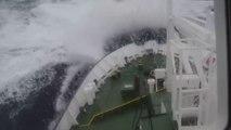 Tormentas en el Mar - Barcos al borde del DESASTRE -