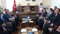 - Tarım ve Orman Bakanı Pakdemirli Azerbaycan'da- Tarım ve Orman Bakanı Bekir Pakdemirli, Azerbaycan Tarım Bakanı İnam Karimov ile birlikte TİKA Bakü Koordinatörlüğü ve Yunus Emre Enstitüsü'nü ziyaret etti