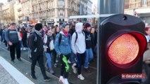 Une matinée de mobilisation lycéenne dans l'agglomération grenobloise