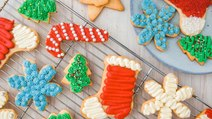 Decorate Sugar Cookies Like A Pro This Holiday Season