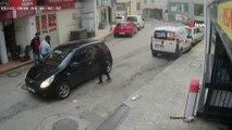 Antalya'da kameralara yansıyan silahlı ve sopalı kavga...Silahlı ve sopalı kavgaya karıştığı tespit edilen 9 kişi gözaltına alındı