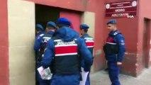 Jandarmadan uyuşturucu operasyonu:1443 adet uyuşturucu hap ele geçirildi