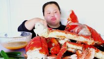 WHOLE KING CRAB MUKBANG (with 15LB LOBSTERS, potatoes and