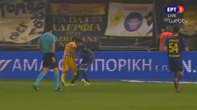 Bruno Gama Requests a penalty - Aris vs Panaitolikos - 15.12.2018 [HD]