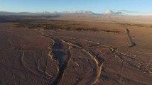 Chili : survol de la réserve nationale Los Flamencos, dans le désert de l'Atacama