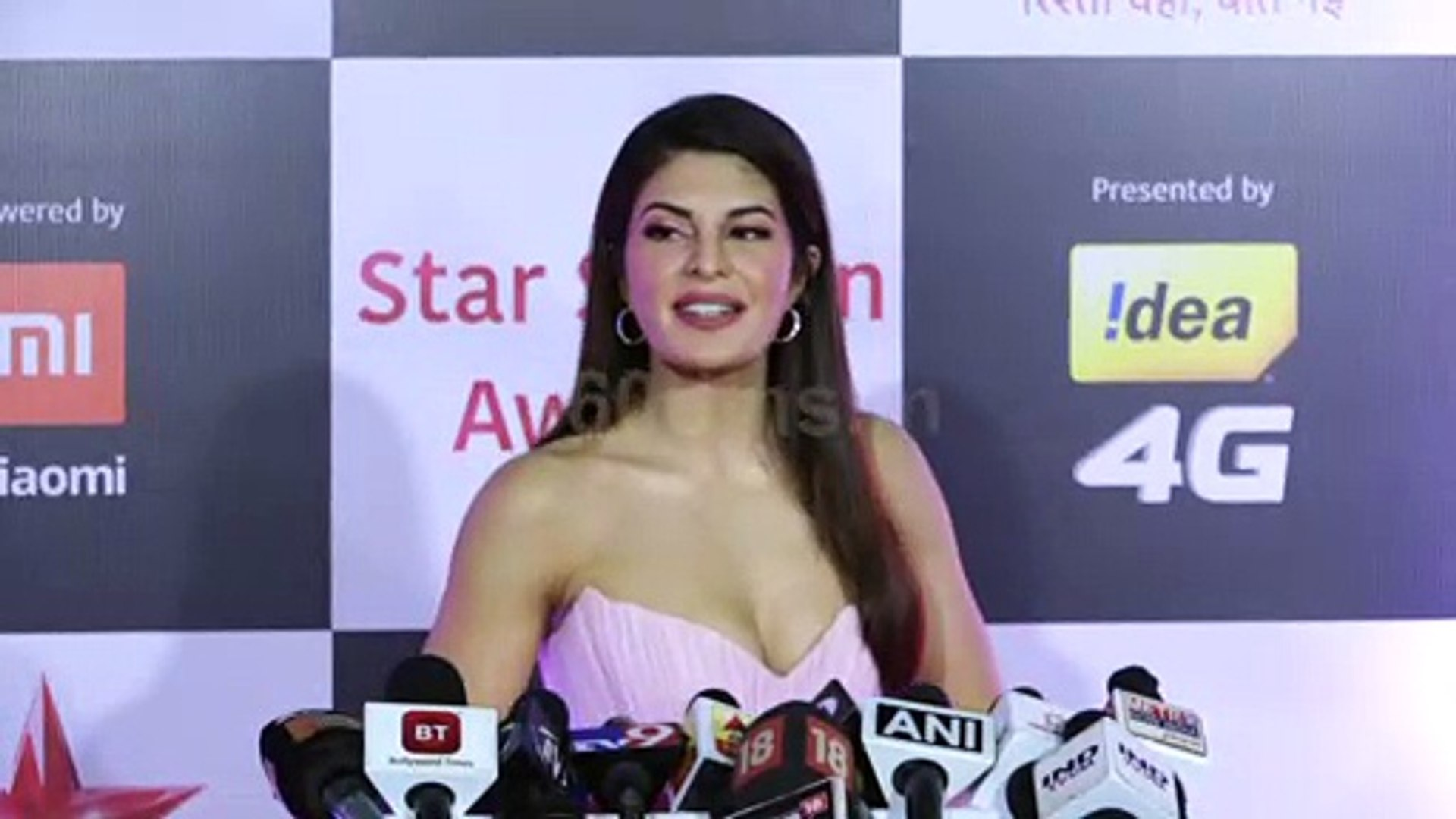 Jacqueline Fernandez Excited For Tiger and Katrina Kaif at Star Screen Awards 2018