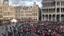 Les supporters des Red Lions sur la Grand-Place de Bruxelles 2