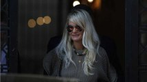 Laeticia Hallyday fait condamner le fils d'Alain Delon
