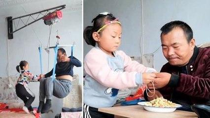 Annesi Evi Terk Edince Felçli Babasına Bakan 6 Yaşındaki Jia Jia