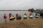 VIDEO. Au lac des Peupleraies, le père Noël monte sur un jet ski