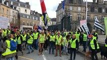 Manifestation des Gilets jaunes en ville