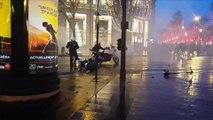 """Policiers pris à partie aux Champs-Elysées, une enquête pour """"violences volontaires"""" ouverte"""