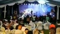Seventeen : le groupe de pop sud-coréen frappé par le tsunami en plein concert en Indonésie