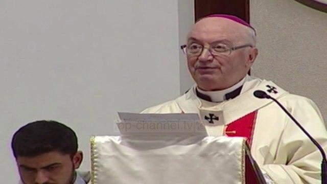 Katedralja e Shën Palit, katolikët festojnë lindjen e Krishtit - Top Channel Albania - News - Lajme