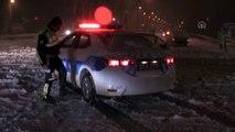 Afyonkarahisar-Antalya kara yolu kar yağışı nedeniyle kapandı - AFYONKARAHİSAR