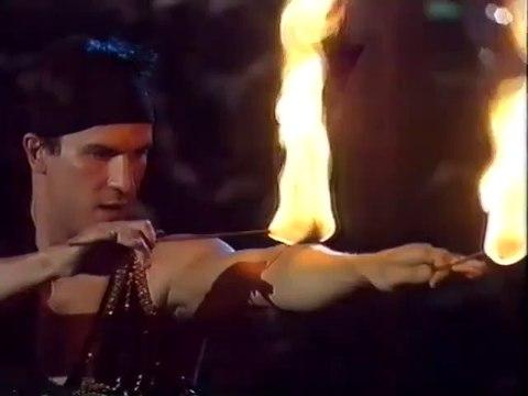 Fire Breather, Cracheur de Feu, Feuer Spucker