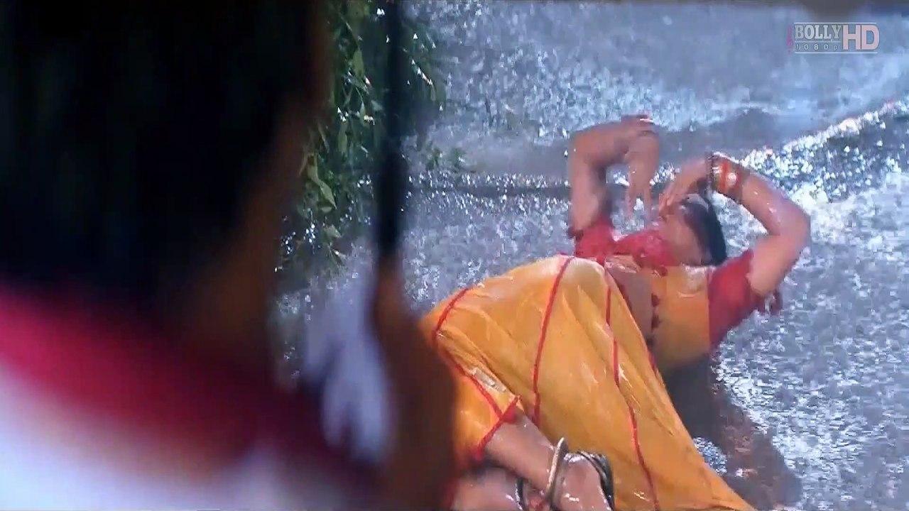 Chhatri Na Khol Barsaat Mein - Gopi Kishan (1994) Full Video Song