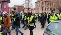 Bourg-en-Bresse : le cortège des Gilets jaunes se déplace au centre-ville