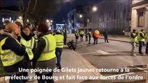Bourg-en-Bresse : les Gilets jaunes retournent à la préfecture