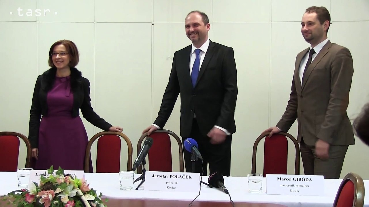 Primátor mesta Košice Jaroslav Polaček predstavil na magistráte nových námestníkov