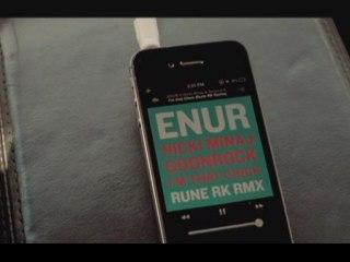 Enur - I'm That Chick