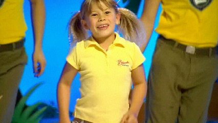 Bindi Irwin - I Jump