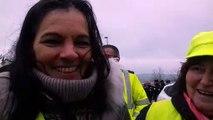 Rachel, coordinatrice des gilets jaunes à Verdun, explique la démarche du groupe, ce samedi 8 janvier.