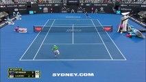Sydney - À domicile, De Minaur réussit ses débuts contre Lajovic