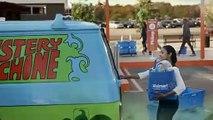 Publicité Walmart avec les voitures célèbres du cinéma