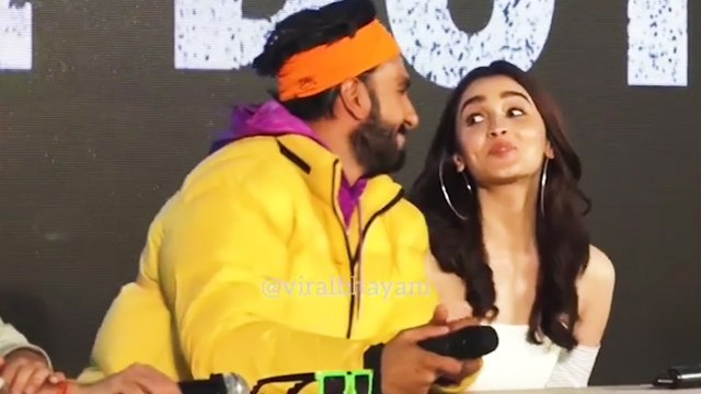 Ranveer Singh teases Alia Bhatt about boyfriend Ranbir Kapoor at Gully Boy trailer launch