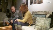 Бездомный художник воссоединился с дочерью после 2 лет на улице