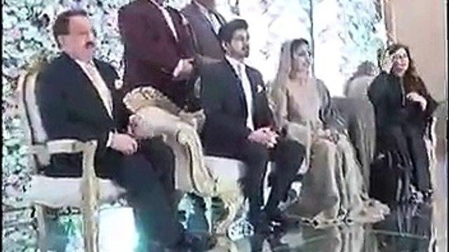 Pashto Singer Nazia Iqbal Ka Apni Do Betio K Sath Jinsi Zeyati Par