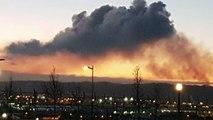 Una enorme nube contaminante en Veriña alarma a los vecinos de Gijón y Carreño