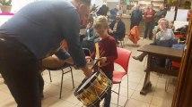 Binche: Ateliers d'initiation au tambour pour les enfants au Musée international du Carnaval et du Masque (2)
