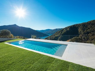 Comment choisir une couverture de piscine ?